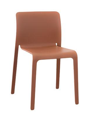 Chaise empilable First Chair Plastique Magis terracotta en matière plastique