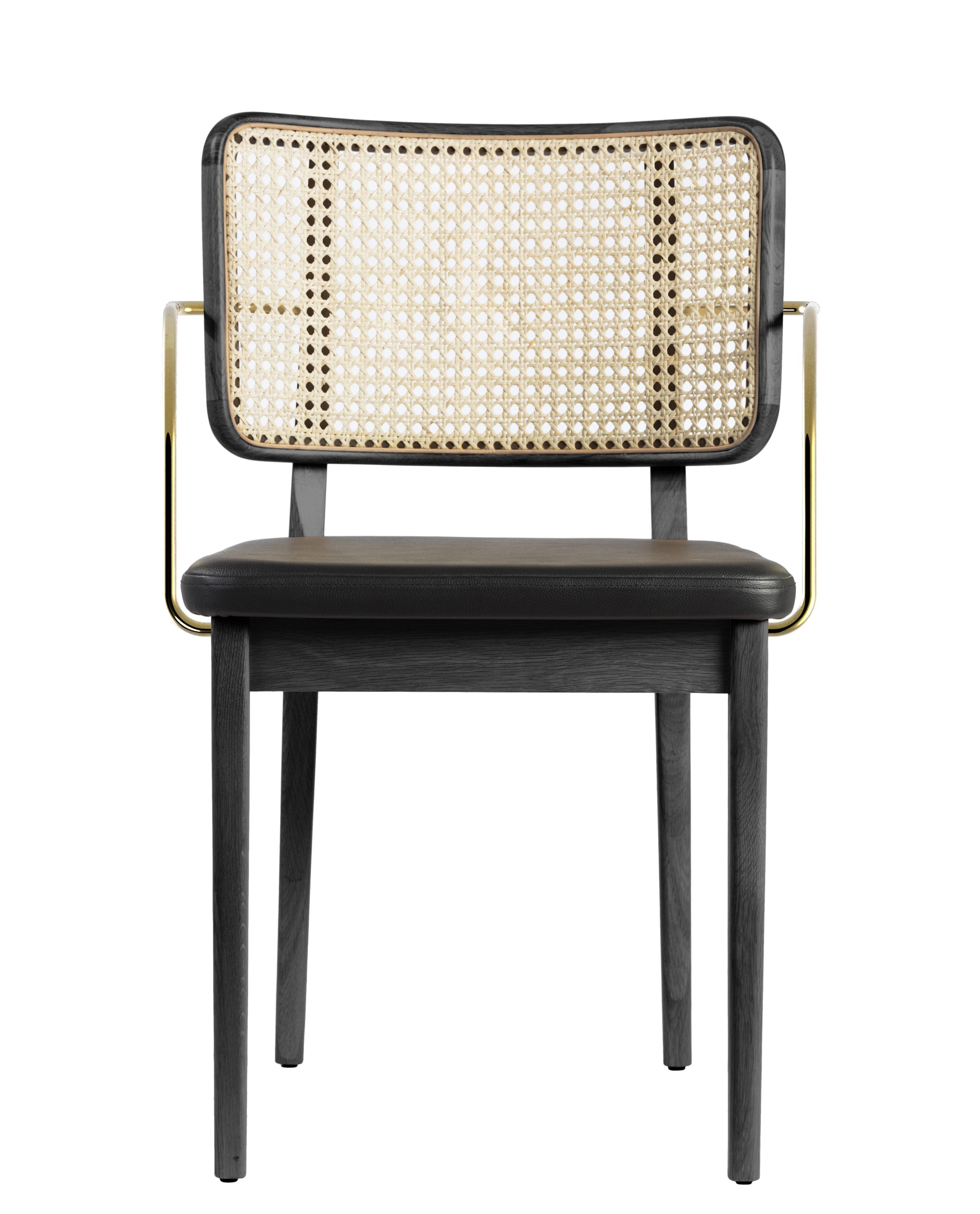 Mobilier - Chaises, fauteuils de salle à manger - Fauteuil bridge Cannage / Cuir - RED Edition - Noir / Naturel & laiton - Chêne massif teinté, Cuir, Laiton, Mousse, Rotin