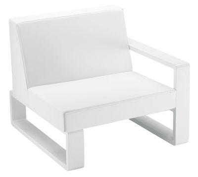 Fauteuil rembourré Kama - EGO Paris blanc en métal