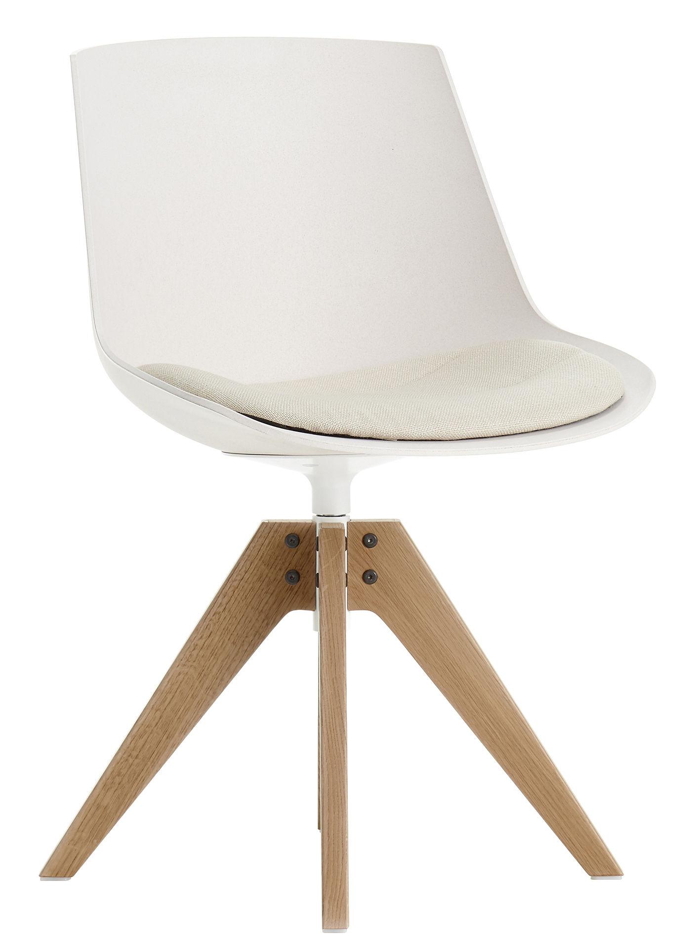 Furniture - Chairs - Flow ECO Swivel chair - / Seat cushion - 4 VN oak feet by MDF Italia - White / Light oak feet - Agglomerated beech fibres, Fabric, Foam, Solid oak