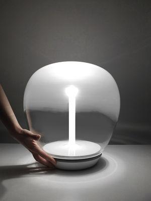 Lampada Da Tavolo Empatia Di Artemide Bianco Trasparente Made In Design