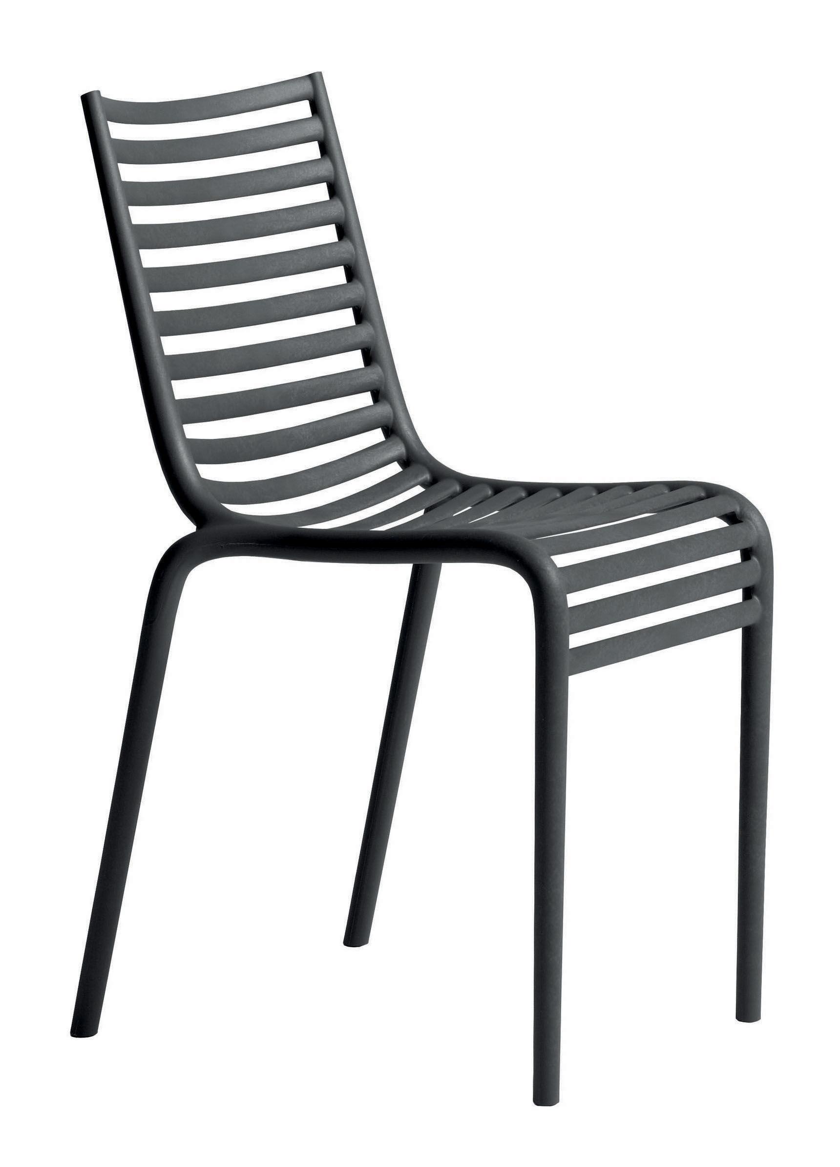Chaise empilable pip e plastique gris driade made in design for Chaise empilable plastique