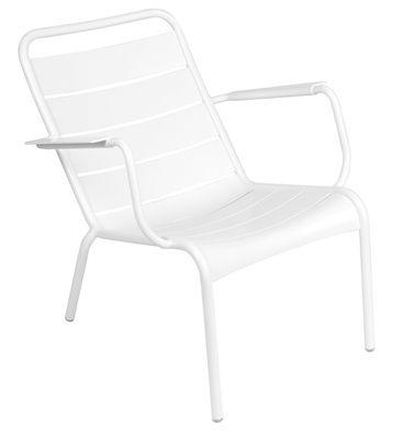 Life Style - Poltrona bassa Luxembourg di Fermob - Bianco - Alluminio laccato