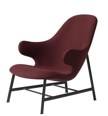 Mobilier - Fauteuils - Fauteuil bas Catch Lounge / Tissu kvadrat & pieds acier - &tradition - Rouge / Pieds : acier noir - Acier peint, Mousse polyuréthane, Tissu Kvadrat