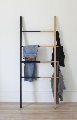 hub stummer diener handtuchst nder ausziehbar h 152 cm buche natur schwarz by umbra. Black Bedroom Furniture Sets. Home Design Ideas
