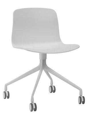 Chaise à roulettes About a chair AAC14 / Pivotante - Hay blanc en métal