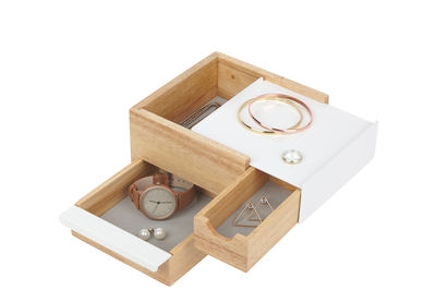 Decoration - Decorative Boxes - Stowit Small Jewellery box - / 17 x 15 cm by Umbra - Small / White & wood - Lacquered metal, Wood