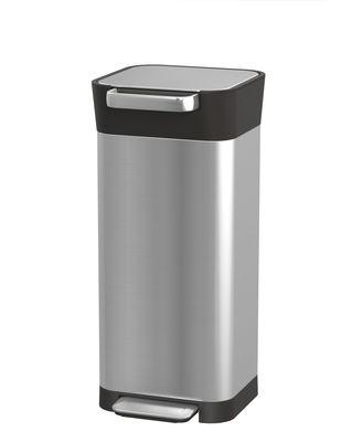 Kitchenware - Bins - Titan Slim Pedal bin - / Trash Compactor - 20 to 60 Litres by Joseph Joseph - Steel & black - Stainless steel