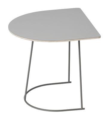 Table d'appoint Airy Half / 44 x 39 cm - Muuto gris en métal/bois