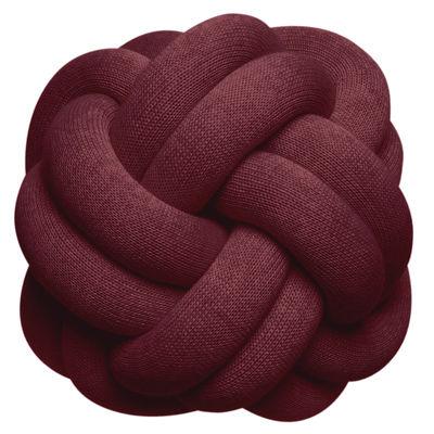 Dekoration - Kissen - Knot Kissen / Handgefertigt - 30 x 30 cm - Design House Stockholm - Bordeauxfarben - Polyacryl, Wolle
