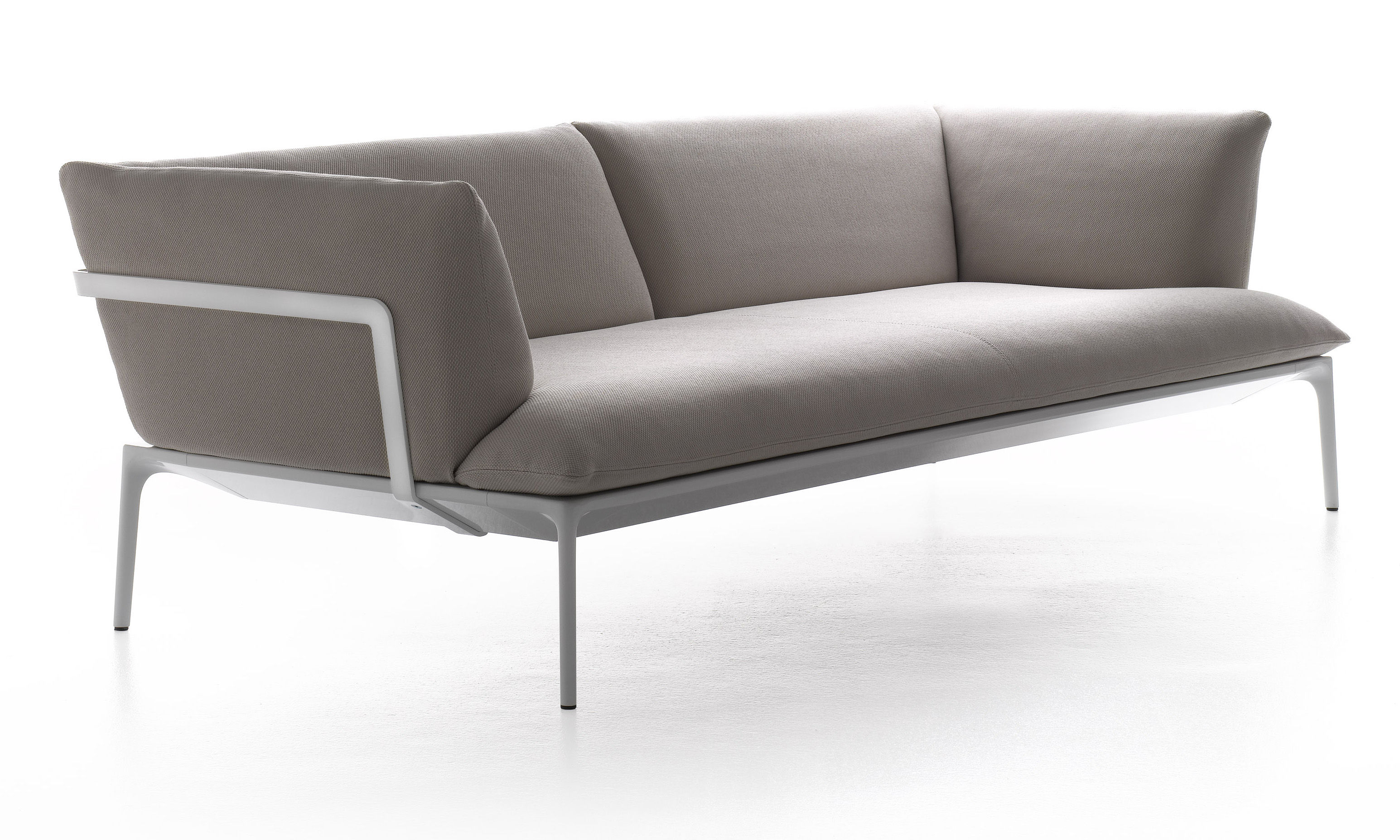 Mobilier - Canapés - Canapé droit Yale / 3 places - L 220 cm - MDF Italia - Beige / Structure blanche - 3 places - Aluminium, Tissu
