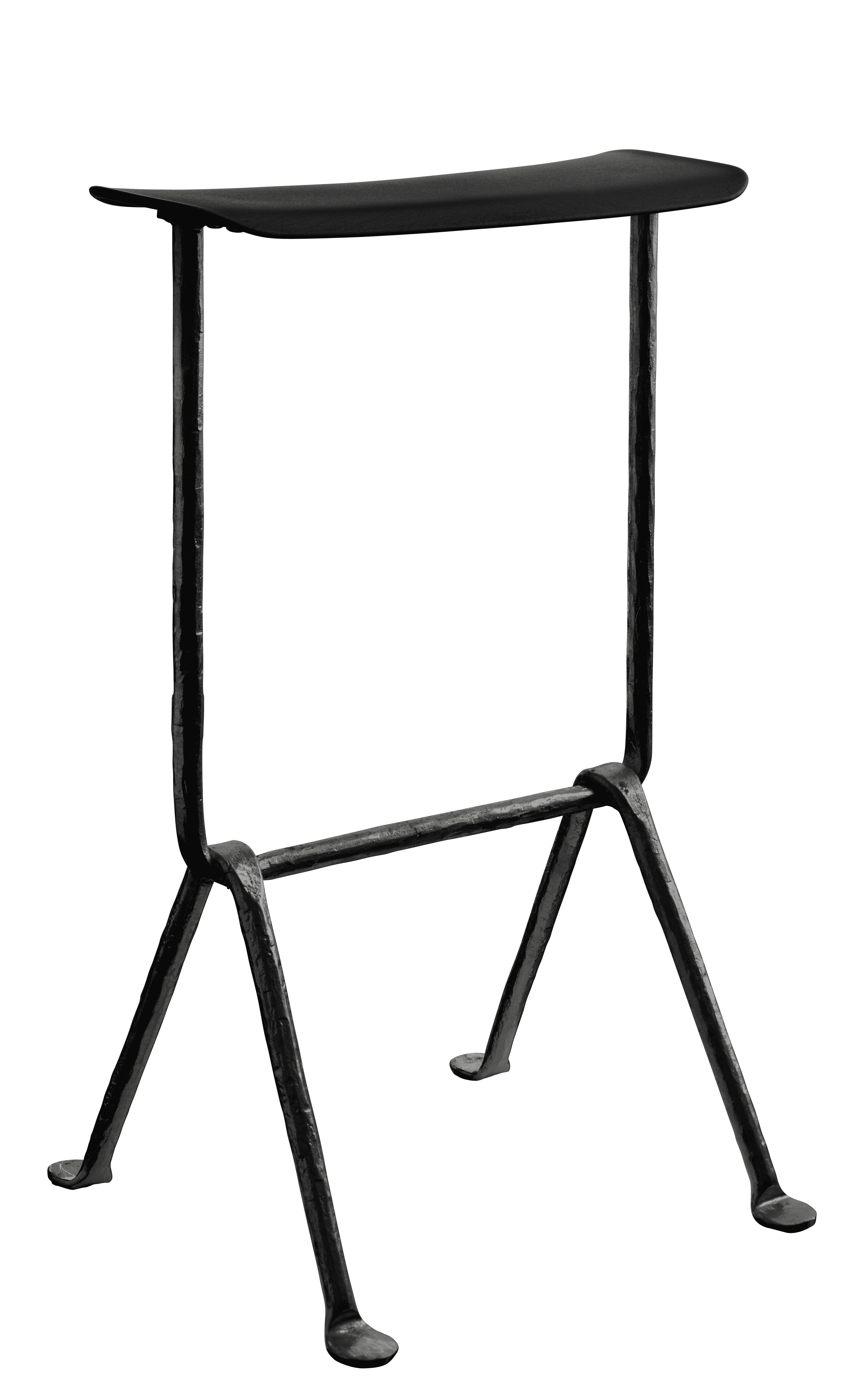 Möbel - Barhocker - Officina Barhocker / Polypropylen - H 65 cm - Magis - Schwarz / Gestell schwarz - Polypropylen, Schmiedearbeit