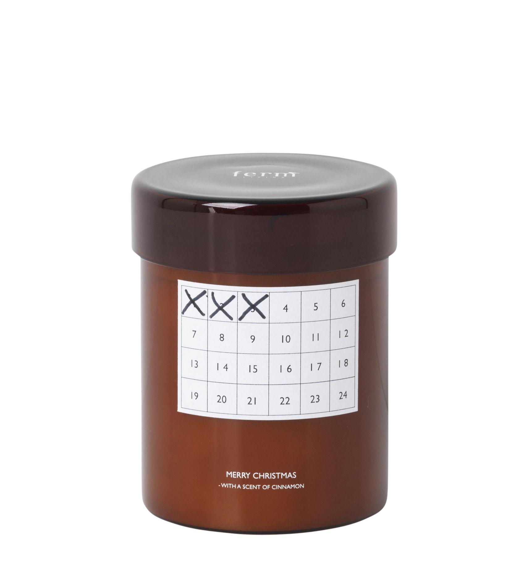 Déco - Bougeoirs, photophores - Bougie parfumée Cannelle / Calendrier de Noël - Ferm Living - Ambre - Cire, Verre