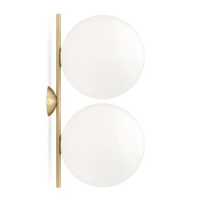 Illuminazione - Lampade da parete - Applique IC Double 1 - / Plafoniera - L 42 cm, Ø 20 cm di Flos - Ottone / Bianco - Acciaio con finitura in ottone, vetro soffiato