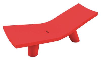 Chaise longue Low Lita Lounge - Slide rouge en matière plastique