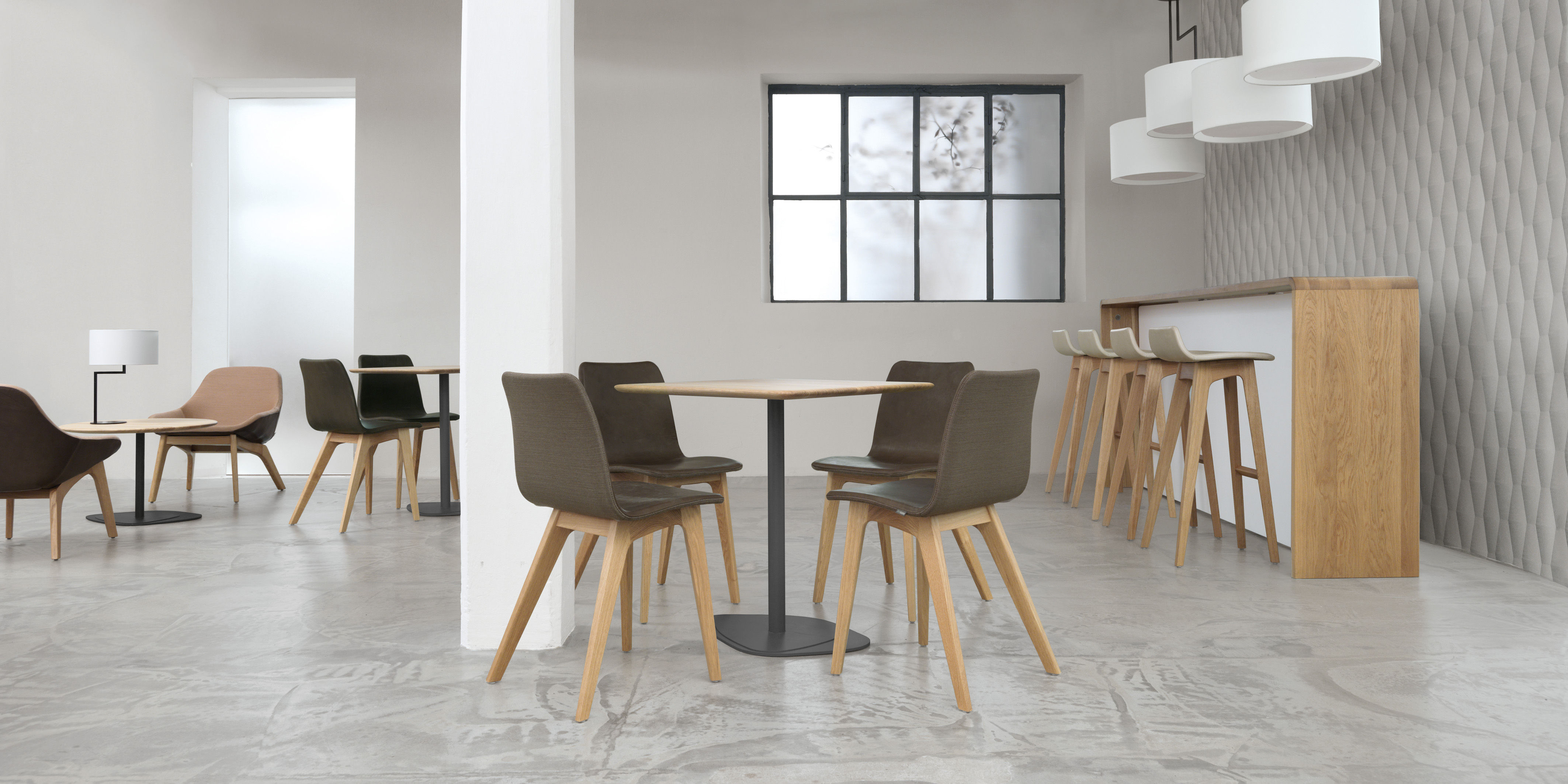 tabouret de bar morph zeitraum ch ne naturel l 36 x h 92 made in design. Black Bedroom Furniture Sets. Home Design Ideas