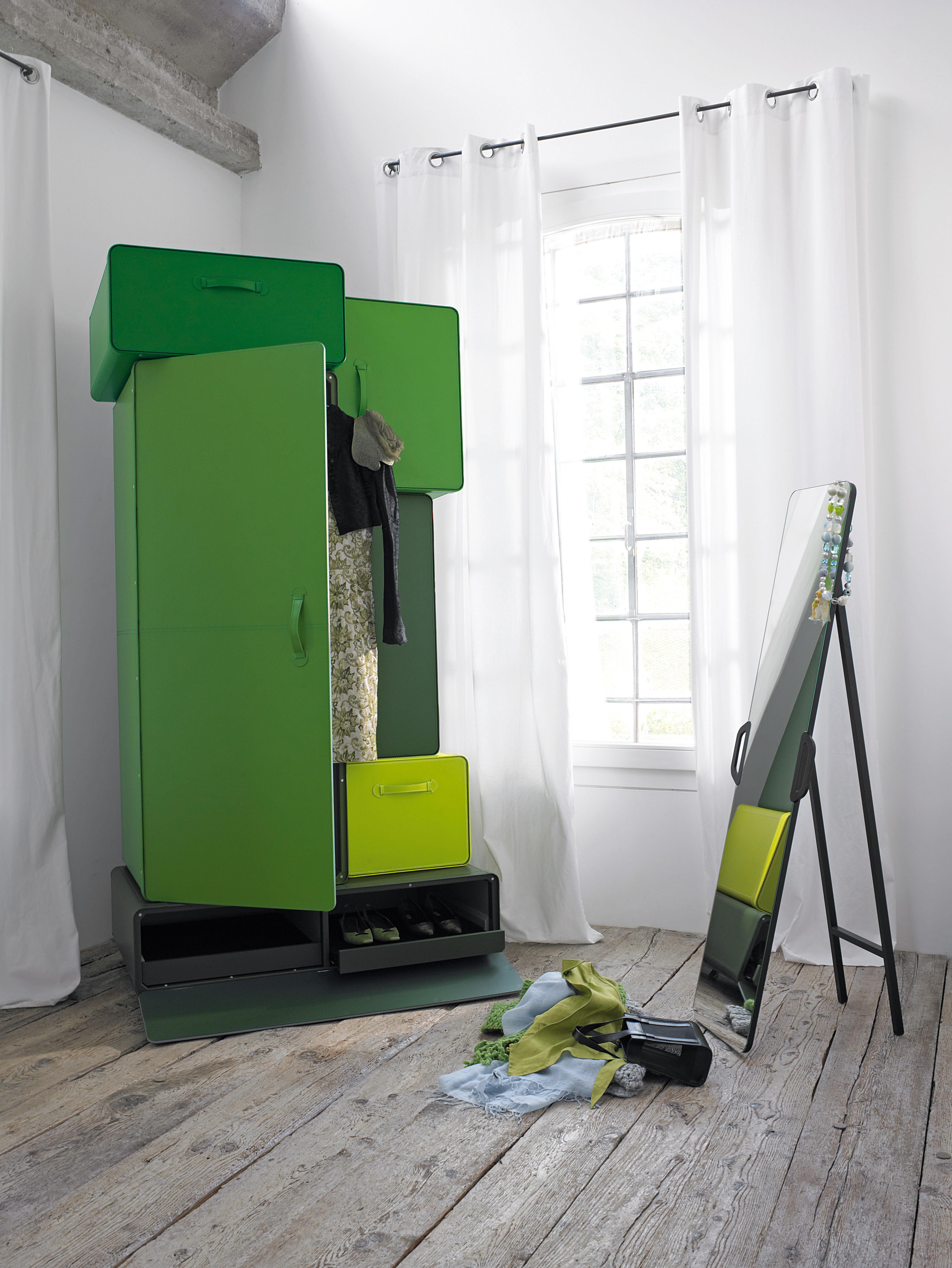 Valises Armadio Chiaroscuro di verde by Casamania  5d9df3330b5