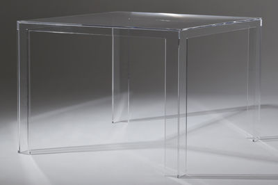Mobilier - Table Invisible / 100 x 100 cm - Kartell - Cristal - PMMA