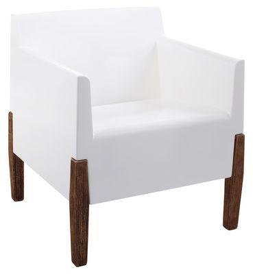Furniture - Armchairs - Kubrick Armchair by Serralunga - White / Wood legs - Iroko wood, Polythene