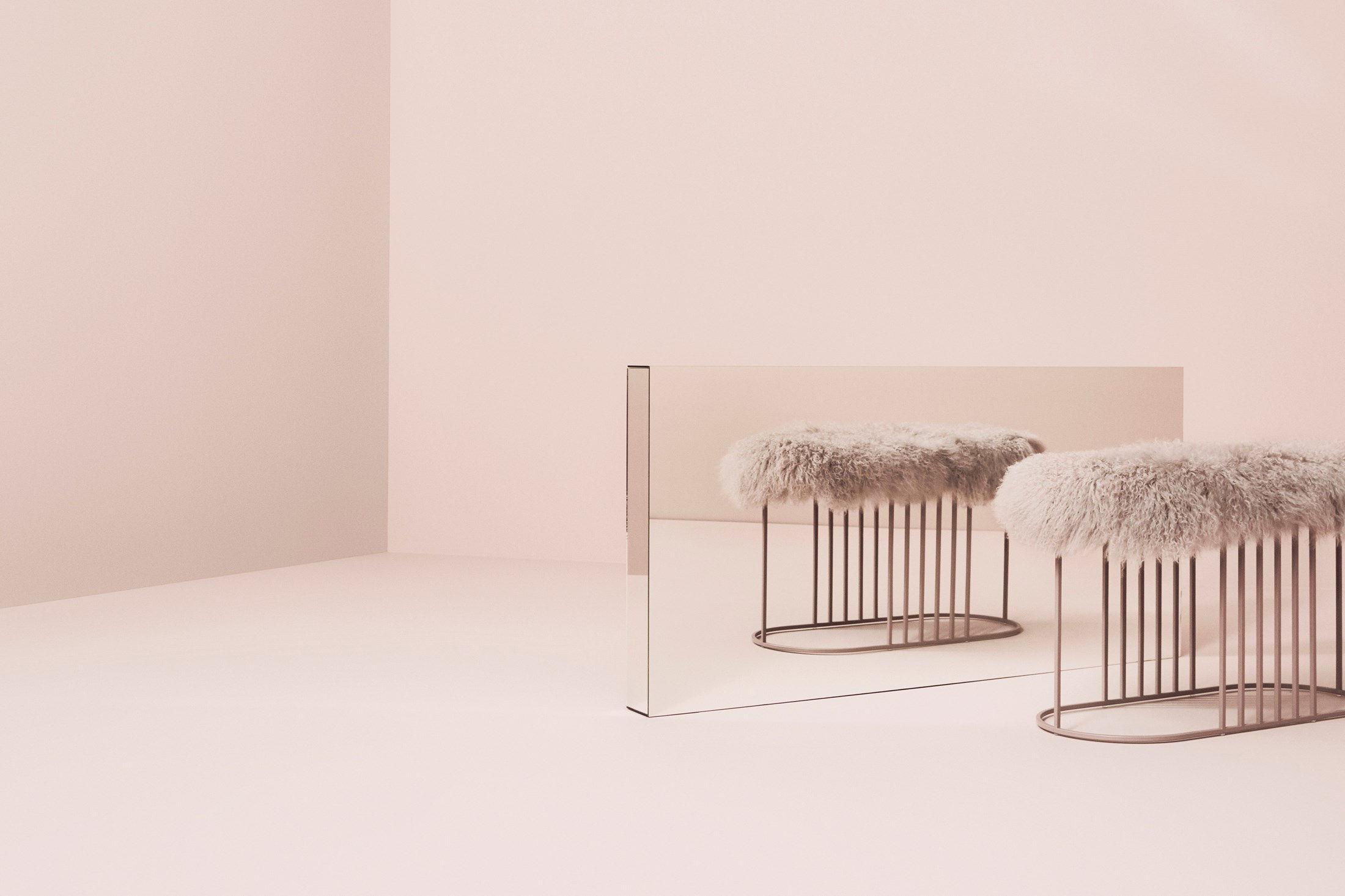 banc rembourr posea furry peau de mouton tib taine l 80 cm rose base rose bolia made. Black Bedroom Furniture Sets. Home Design Ideas