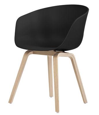Mobilier - Chaises, fauteuils de salle à manger - Fauteuil About a chair AAC22 / Plastique & pieds bois - Hay - Noir / Pieds bois naturel - Chêne, Polypropylène