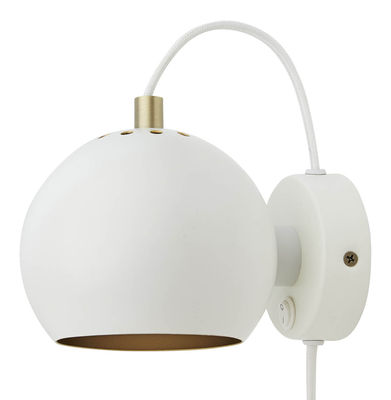 Lighting - Wall Lights - Ball Wall light with plug - / Ø 12 cm - Special 50th anniversary edition by Frandsen - Mat white - Painted metal