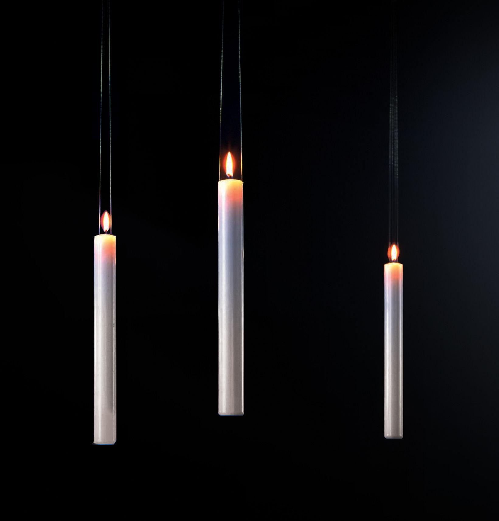Interni - Insoliti e divertenti - Candela Fly Candle Fly! - Da sospensione di Ingo Maurer - Bianco - Cera, Plastica
