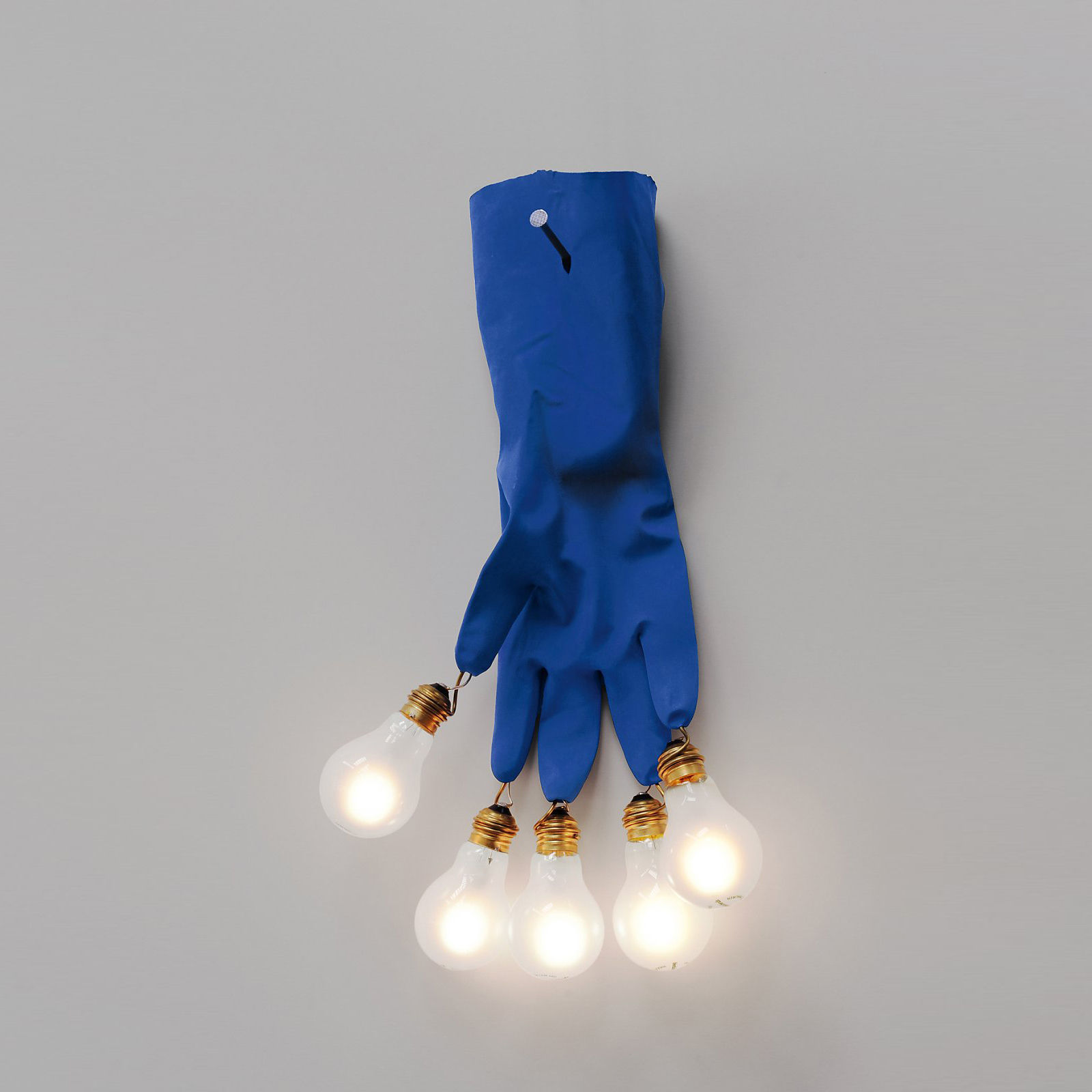 Lighting - Wall Lights - Luzy on the Wall Wall light with plug - / LED - 5 bulbs by Ingo Maurer - Blue - Brass, Glass, High-resistance plastic, Steel