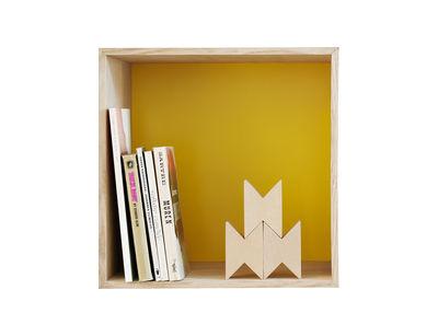 Mobilier - Etagères & bibliothèques - Etagère Mini Stacked / Medium carré 33x33 cm / Avec fond coloré - Muuto - Frêne & fond jaune - MDF plaqué frêne