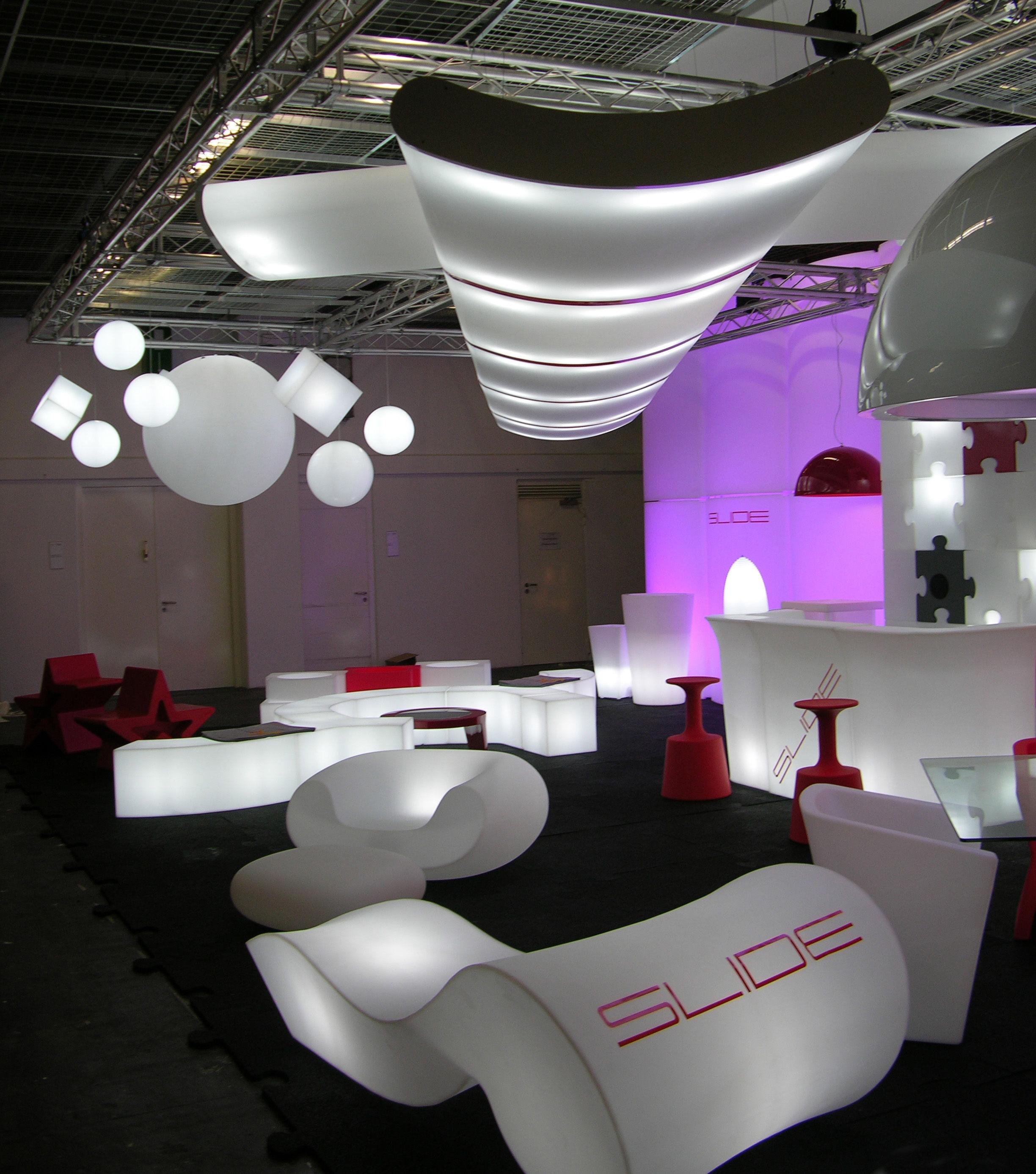Snack Luminous bar - Luminous White by Slide | Made In Design UK