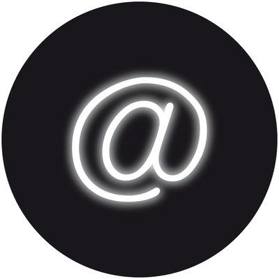 Illuminazione - Lampade da parete - Applique con presa Neon Art - / Simbolo @ di Seletti - Simbolo @ / Bianco - Vetro