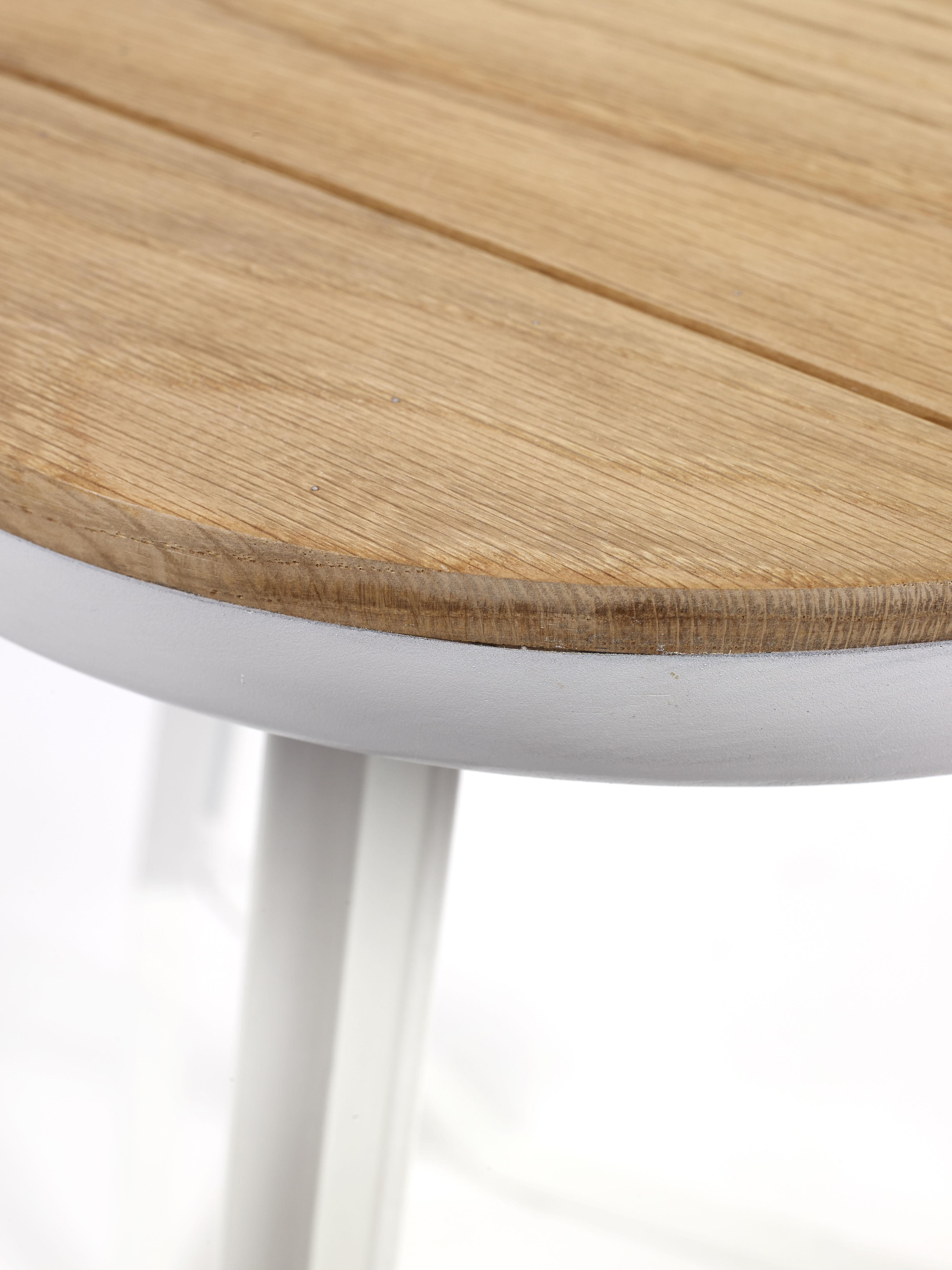 hocker daysign von serax wei holz natur made in design. Black Bedroom Furniture Sets. Home Design Ideas
