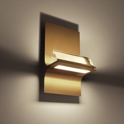 Leuchten - Wandleuchten - Newton My Light Wandleuchte / LED  - Bluetooth - Foscarini - Goldfarben / Transparentes Prisma - bemalter Stahl, PMMA