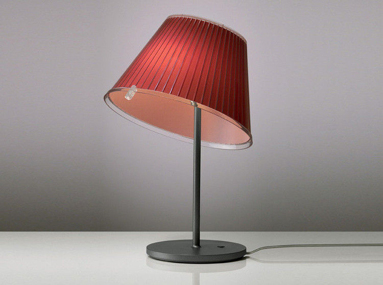 Choose lampada da tavolo beige incandescente by artemide made in design - Lampade da tavolo artemide prezzi ...