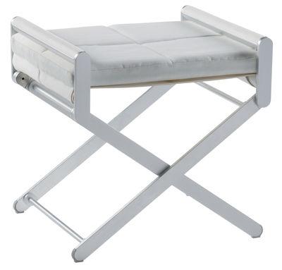 Jardin - Tables basses - Pouf Oskar / Cuir synthétique - Sifas - Coussins cuir blanc / accoudoirs cuir blanc - Aluminium anodisé, Cuir synthétique, Teck