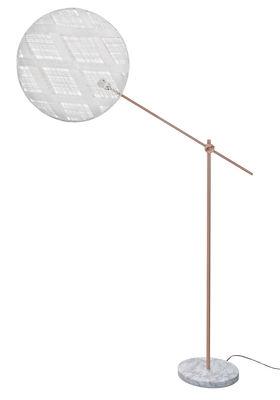 Luminaire - Lampadaires - Lampadaire Chanpen Diamant / Ø 52 - Motifs losanges - Forestier - Blanc / Cuivre - Abaca tissé, Marbre, Métal