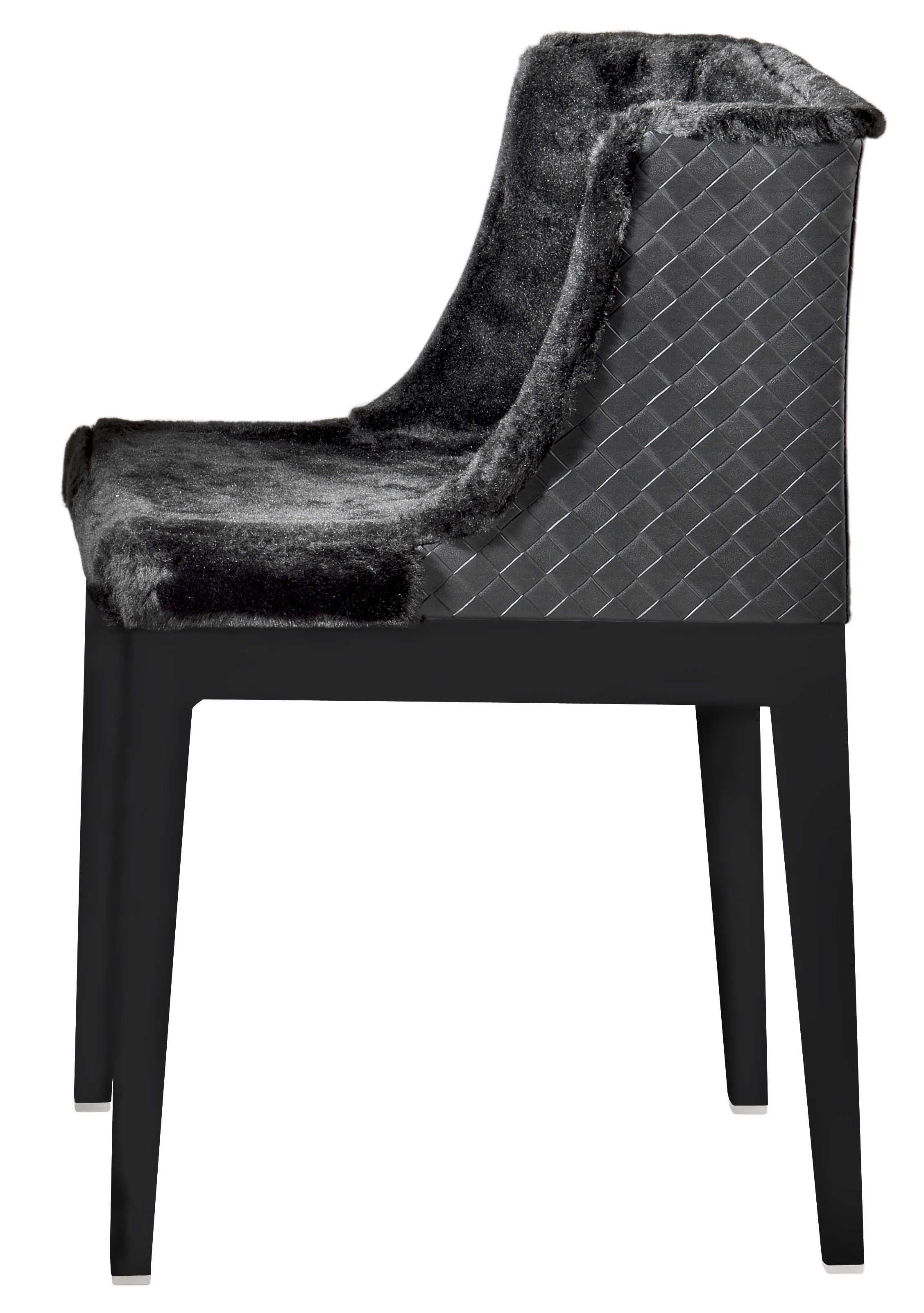 Möbel - Stühle  - Mademoiselle Kravitz Gepolsterter Sessel Sessel - Kartell - Korpus schwarz / Sitzfläche mit Pelzbezug / Rückseite Leder im Flecht-Look - Fourrure synthétique, Leder, Polykarbonat