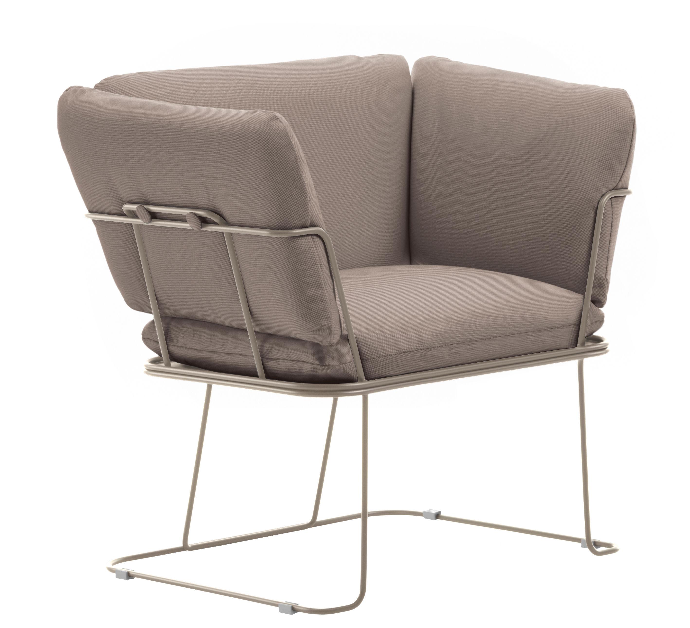 Möbel - Lounge Sessel - Merano Outdoor Gepolsterter Sessel / outdoorgeeignet - Stoff - B-LINE - Taupe / Gestell sandfarben - Acier galvanisé laqué, Kvadrat-Gewebe, Mousse de polyuéthane
