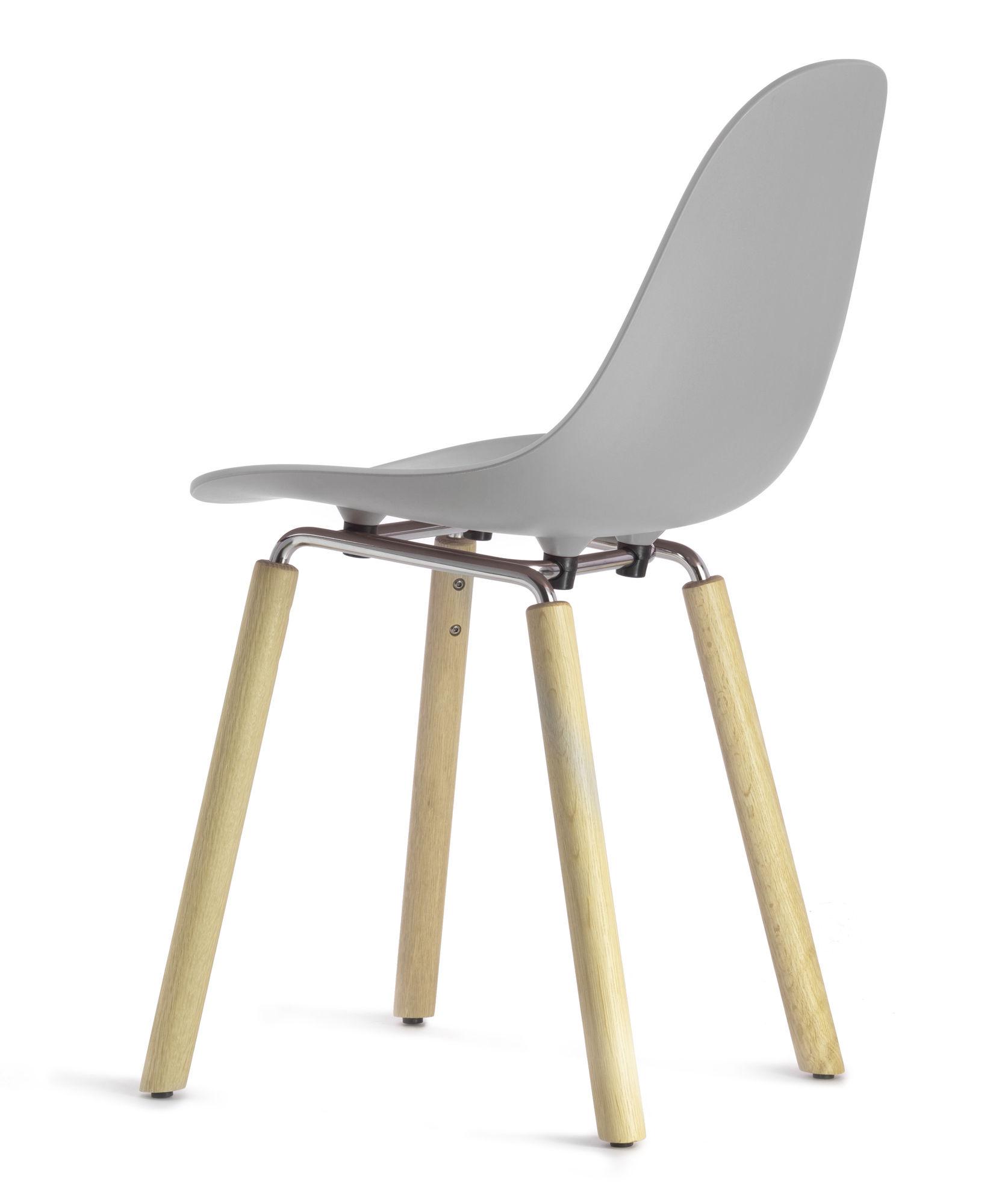 chaise ta pieds bois gris pieds bois naturel toou made in design. Black Bedroom Furniture Sets. Home Design Ideas