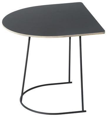 Table d'appoint Airy Half / 44 x 39 cm - Muuto noir en métal/bois