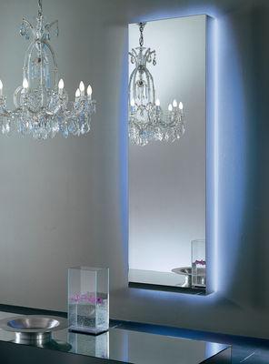 Miroir lumineux I Massi / L 67 x H 201 cm - Glas Italia miroir en matière plastique