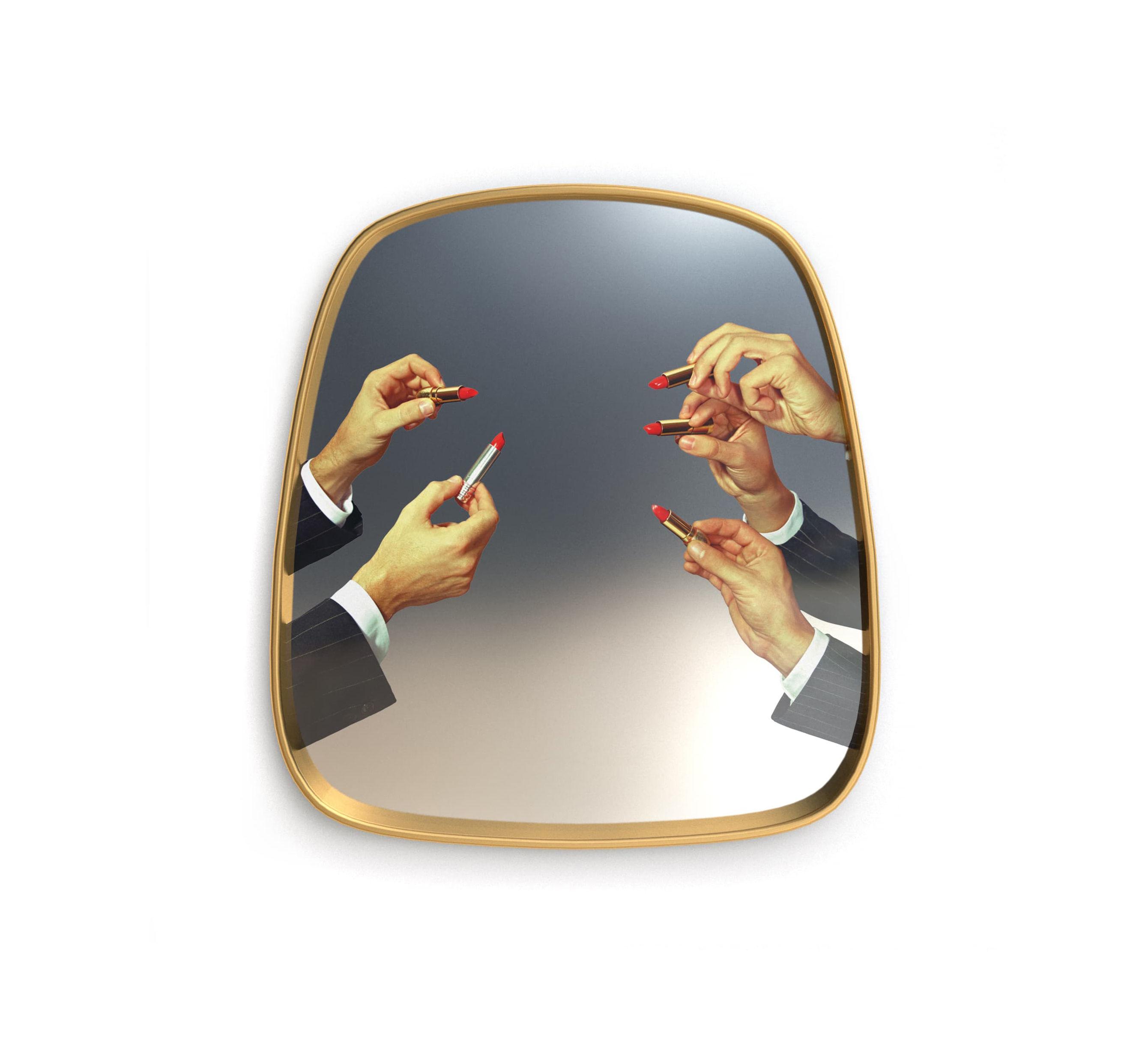 Decoration - Mirrors - Toiletpaper Mirror - / Lipsticks - 54 x 59 cm by Seletti - Lipsticks / Brass frame - Brass, Glass, MDF