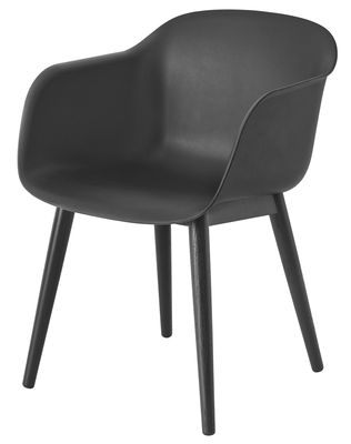 Chaise Fiber Pieds bois Muuto noir en matière plastique