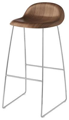 Möbel - Barhocker - 3D Barhocker H 75 cm - Kufengestell - Schale Nussbaum - Gubi - Nussbaum / Gestell verchromt - Nußbaumfurnier, verchromter Stahl