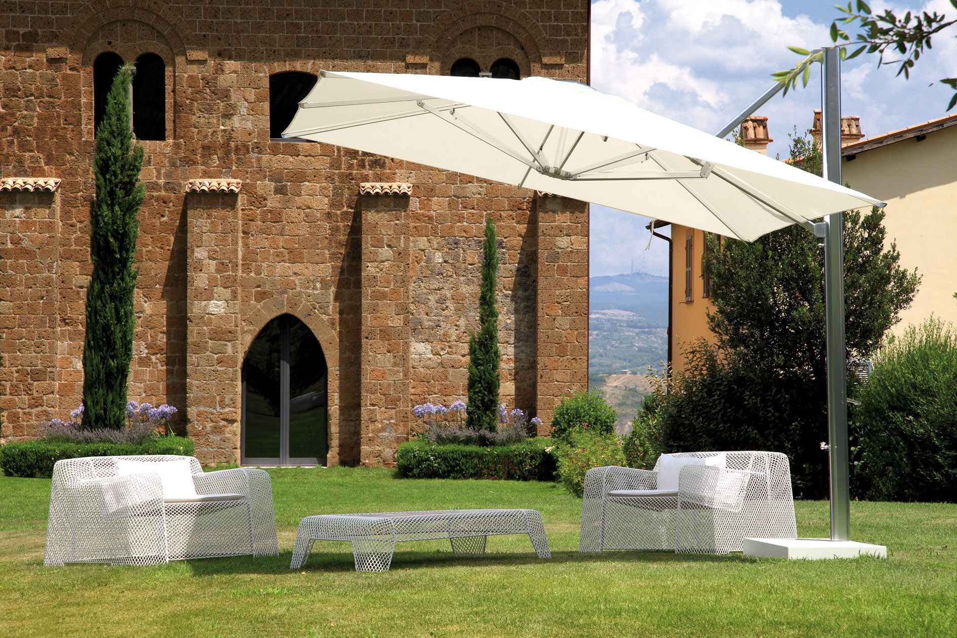 Parasol d port shade emu toile blanche m t alu base blanche h 280 x 300 made in design - Blanche porte suivi de colis ...