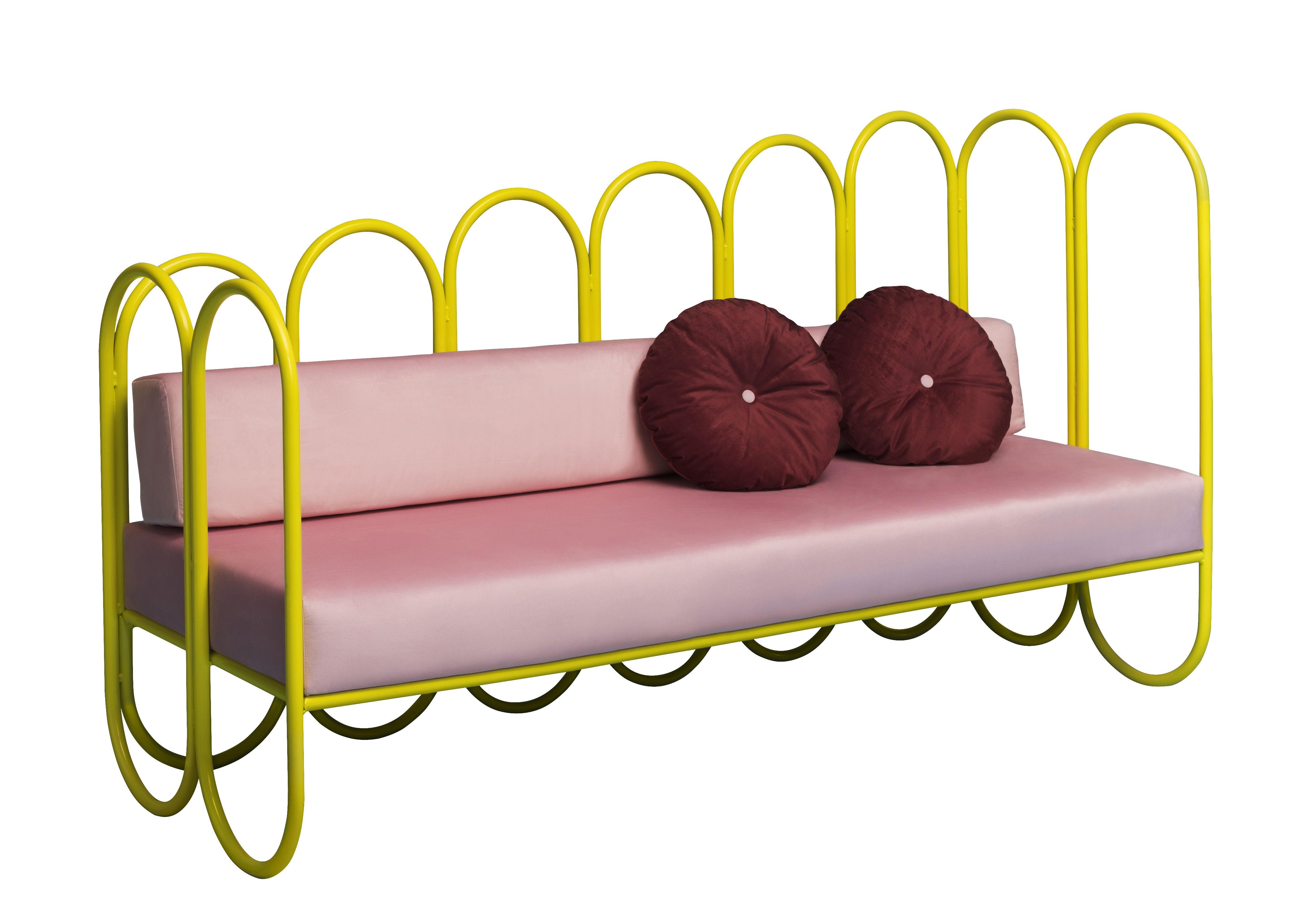 Mobilier - Canapés - Canapé droit Arco / 3 places - Velours - Houtique - Jaune / Assise rose - Acier laqué, Velours