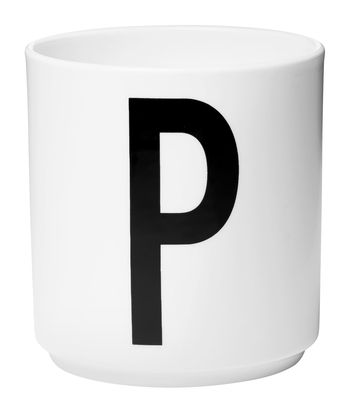 Mug Arne Jacobsen / Porcelaine - Lettre P - Design Letters blanc en céramique