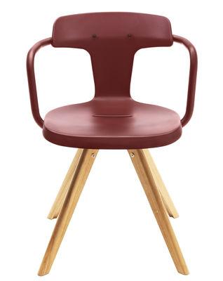 Möbel - Stühle  - T14 Sessel / Stuhlbeine aus Holz - Tolix - Ockerrot / Stuhlbeine holzfarben - Eiche, Lackierter recycelter Stahl