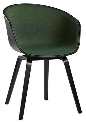 Arredamento - Poltrone design  - Poltrona imbottita About a chair AAC22 - / 4 gambe - Tessuto lato interno basso di Hay - Esterno nero / Interno: tessuto verde - Polipropilene, Rovere tinto, Tessuto