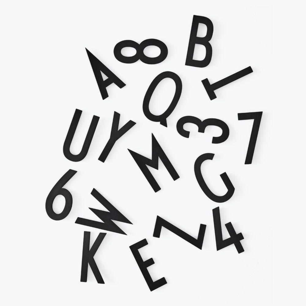 Déco - Mémos, ardoises & calendriers - Set Chiffres & Lettres Big by Arne Jacobsen / Pour panneau perforé  - Design Letters - Noir - Plastique